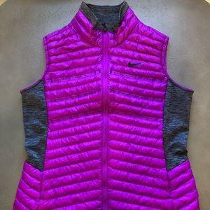 Nike Aeroloft Thermore Women's Golf Vest - Medium